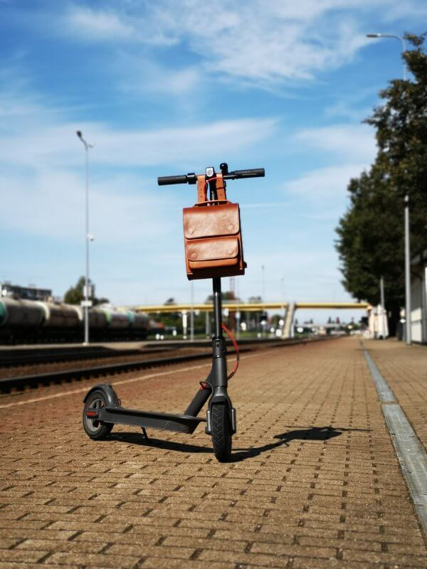 handlebar-leather-bag-for-electric-scooter