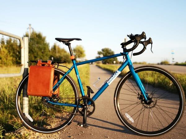 leather-bag-for-bicycle